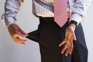 Sie haben nicht genug Geld, um Ihre Schulden zu bezahlen? Kontaktieren Sie Ihre Gläubiger und die Schuldnerberatung.
